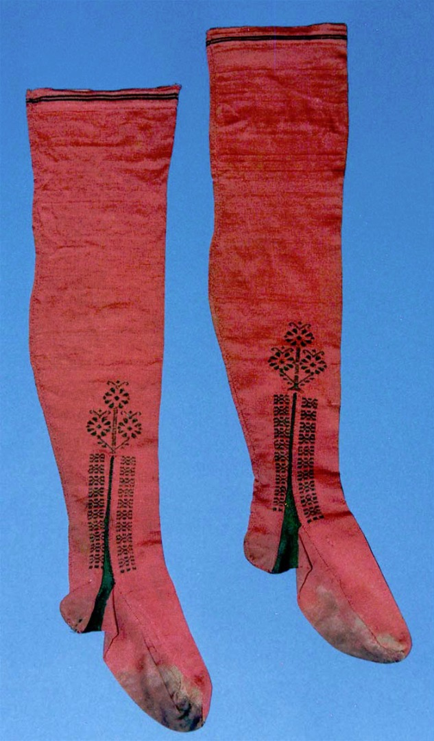 Fancy silk stockings that made slightly later in the Eighteenth Century